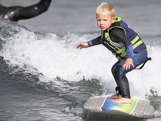 nino-surf